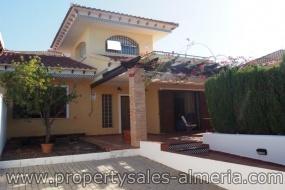 Avenida Ciudad de Valencia, Vera Playa, 04621, 3 Rooms Rooms, 3 BathroomsBathrooms,Villa - woning, Te koop,Avenida Ciudad de Valencia,1100