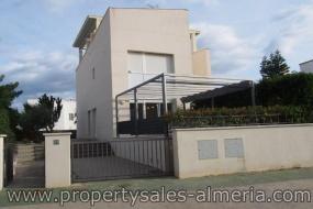 Moderne woning te koop, 3 slaapkamers te Puerto Rey, Vera Playa