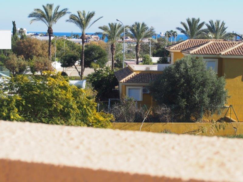Villa te koop Vera Playa, zeezicht balkon terras