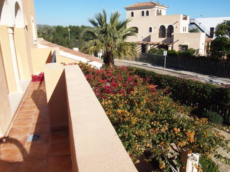 Villa te koop Vera Playa, front balkon terras